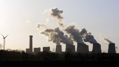 Los niveles de CO2 volvieron a batir récord en 2014 GettyImages-73870241...
