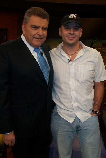 El Don con el deportista Jaime Deveraux, quien estuvo 3 meses en estado...