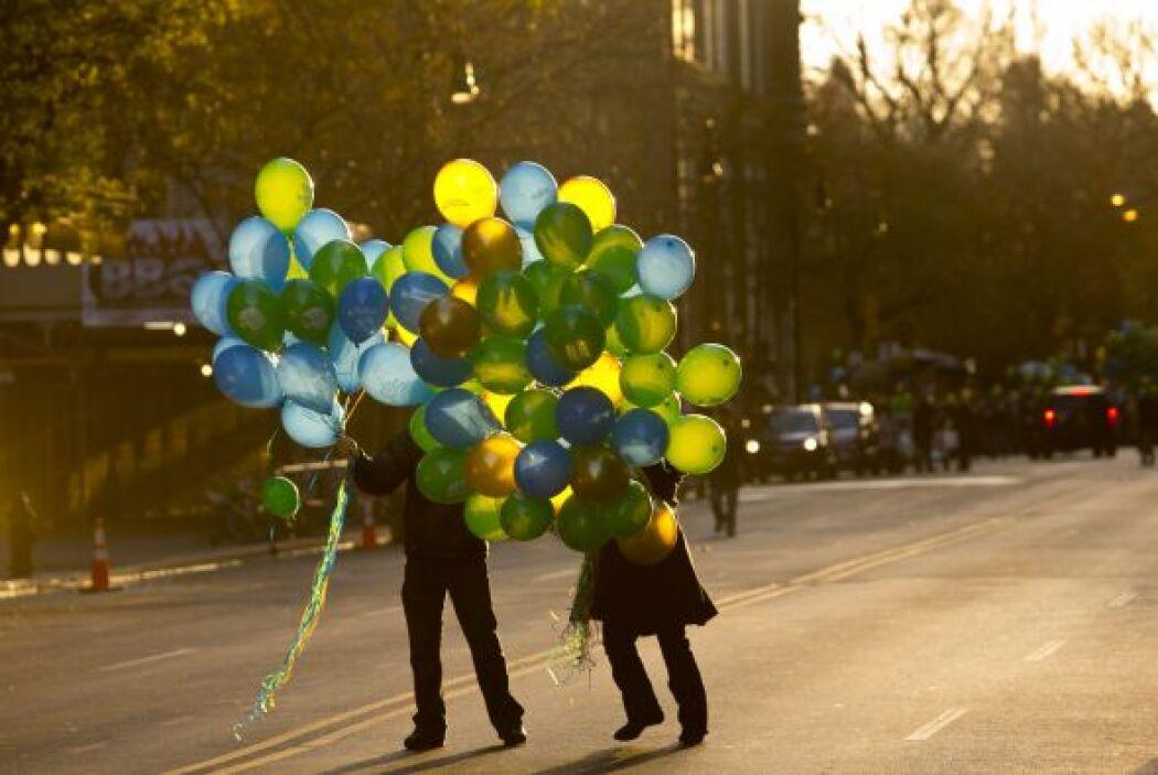 Lo más llamativo de esta celebración tradicional son los enormes globos...