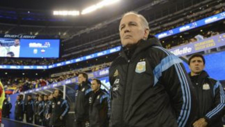 El estratega de Argentina trabajará con 26 jugadores y el 2 de junio dar...