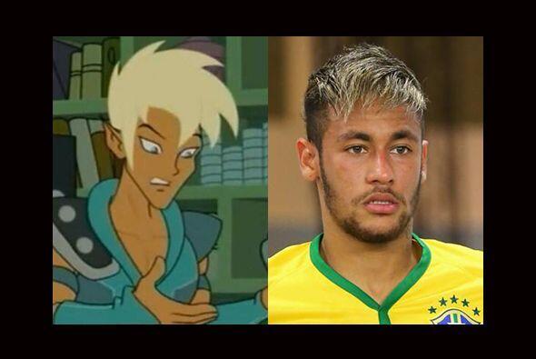 Mismo caso que el de Neymar quien solo necesitaría una camisa ochentera...