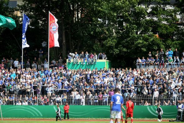 La gente no se perdió este encuentro de jóvenes promesas en Alemania.