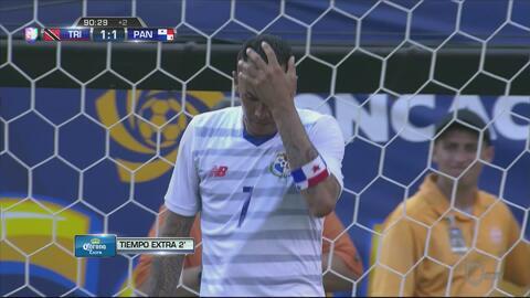 Increíble falla de Blas Pérez evita el triunfo de Panamá en el tiempo de...