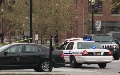 Estudiante de la Universidad de Ohio atropella a un grupo de peatones y...