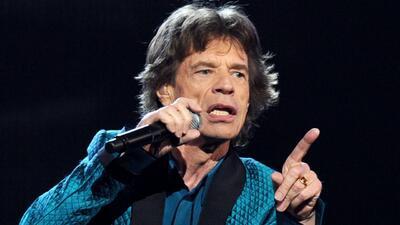 Mick Jagger se consuela con sus nietos