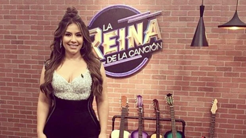 Evelyn Sicairos - La Reina LIVE