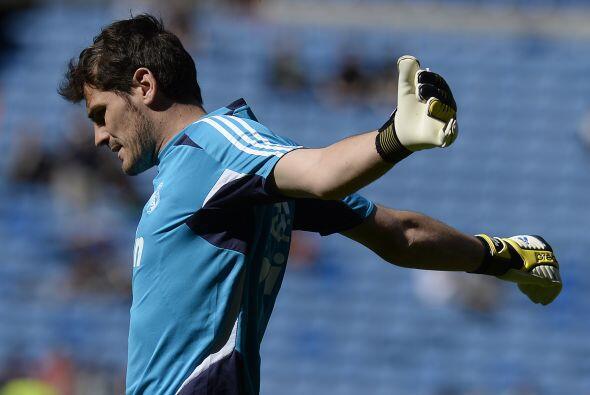 El futbolista no sólo es guardameta del Real Madrid C.F. sino cap...