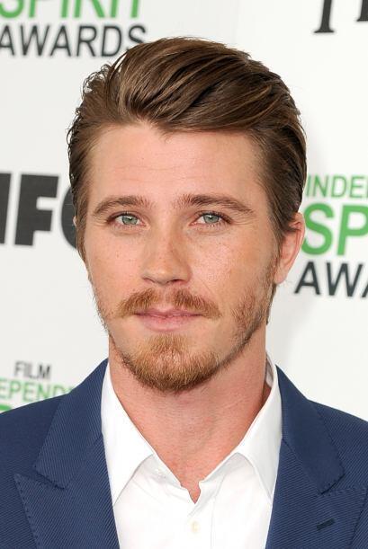 Garrett Hedlund famoso por su papel como Sam Flynn en la película...