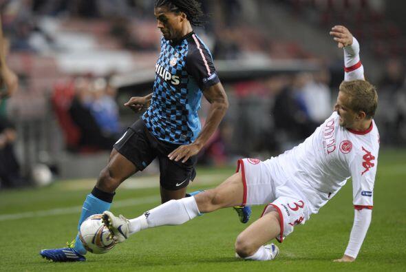 PSV Eindhoven quería asegurar su pase a la siguiente ronda ante el Hapoe...