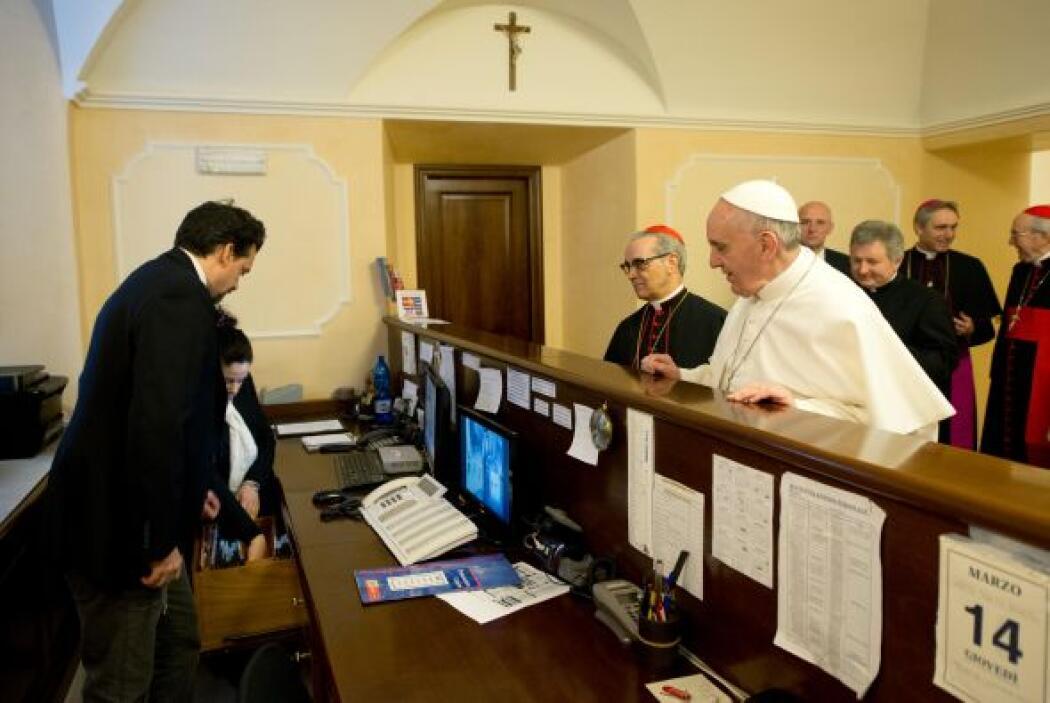 El pasado mes de marzo, el papa Francisco retiró sus valijas de la Casa...