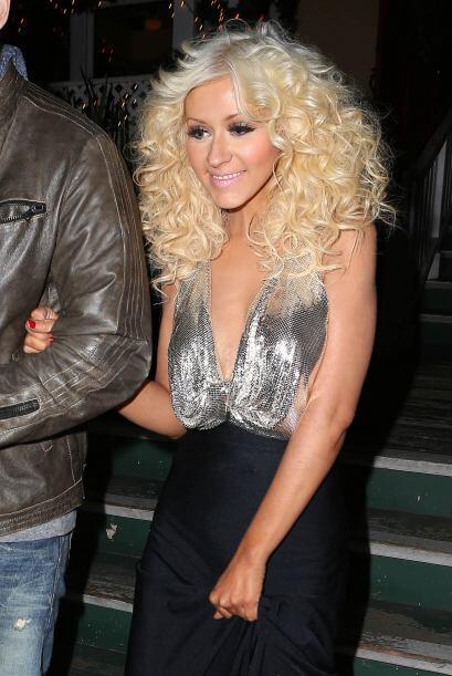 Pero Christina Aguilera no se quiso quedar atrás y nos motiv&oacu...