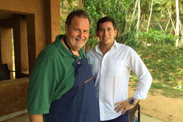 En la playa Amanwella, Raúl tuvo la oportunidad de ser recibido por el m...