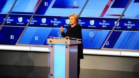 Hillary Clinton promete no deportar niños
