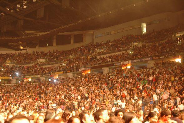 Más de 13 mil almas pedían a gritos su presencia, y a las 9:45 p.m. hici...