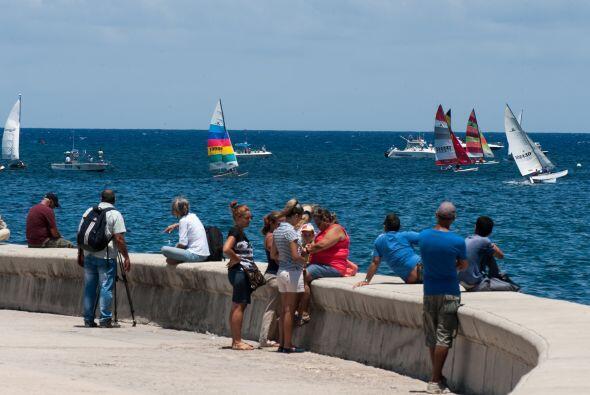 El 19 de mayo llegó a las costas cubanas la primera regata de veleros pr...