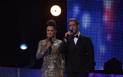 Los conductores de la gala fueron Ninel Conde y William Levy, dos de las...