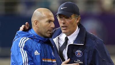 Laurent Blanc saluda a su amigo Zidane