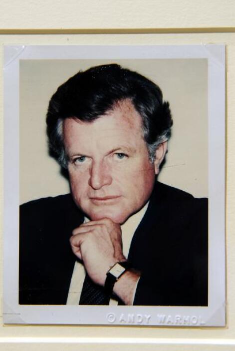 Edward Kennedy: El senador y hermano de John F. Kennedy murió envuelto e...