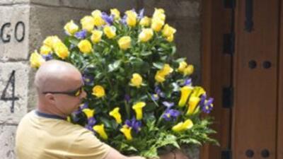 Rosas, girasoles y un arreglo enviado por Shakira han llegado a la casa...