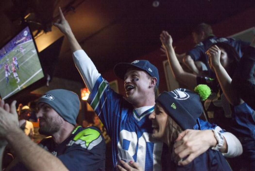 La felicidad colmó a los fanáticos de los Seahawks que hicieron una impr...