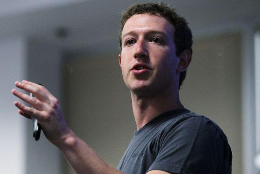 A sus 27 años Zuckerberg cuenta con un patrimonio de $13.5 millones de d...