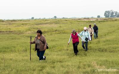Los pobladores de Atenco hacen guardias para impedir que las obras llegu...