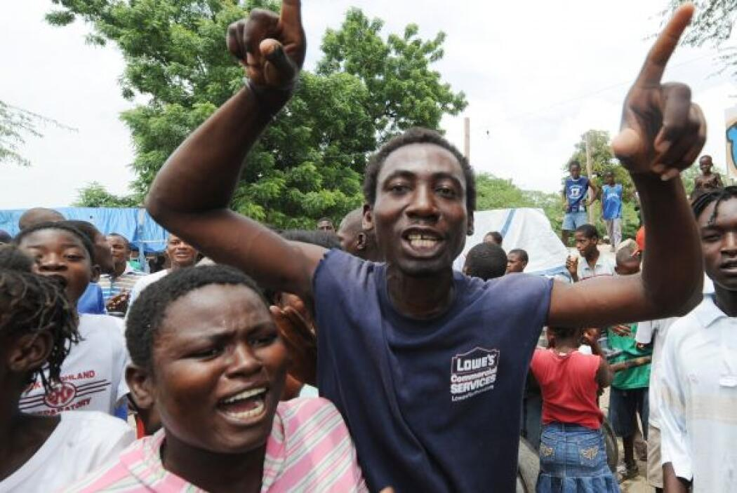 Exigían el derecho de Jean de ser votado como presidente del país más po...