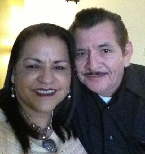 Una bonita foto de Alma y Robert Flores, de Kyle. Recuerda, envía tus 'M...