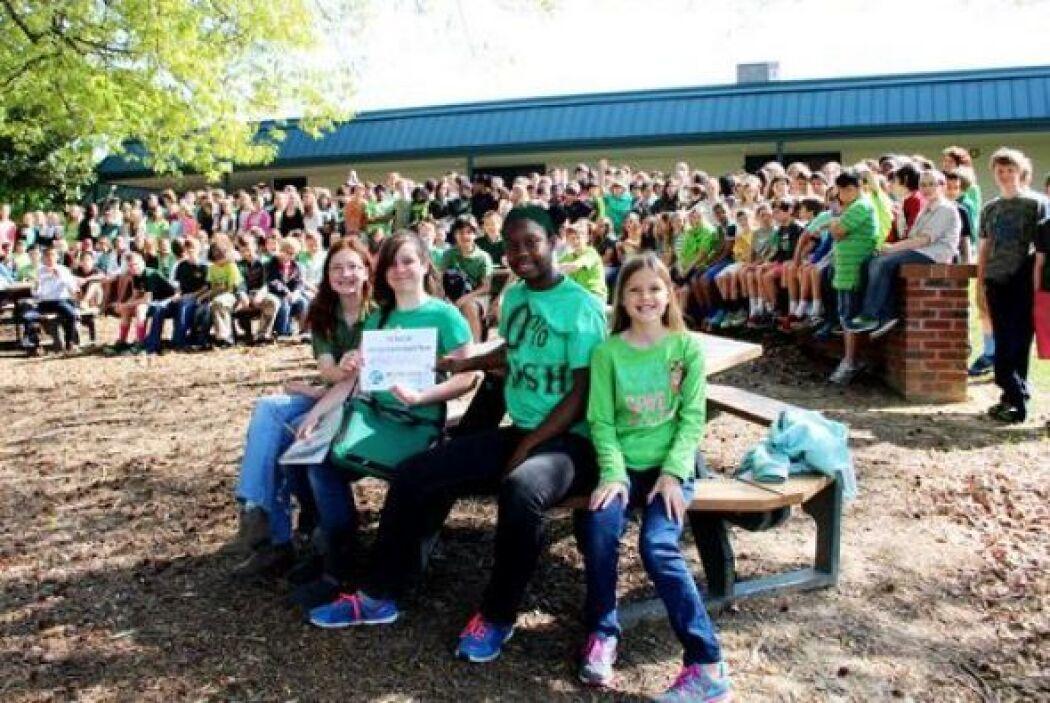 Una escuela de Raleigh, NC, se tomó esta #GlobalSelfie para celebrar el...