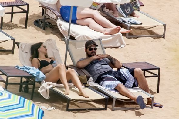 Eduardo Cruz estuvo muy romántico con su nueva pareja, Ana Recarte.  Mir...