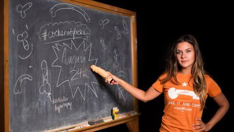 Un grupo de estudiantes de UT-Austin colgará juguetes sexuales en...