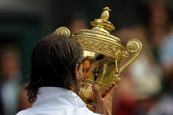 Para Rafael, su segunda copa de campeón de Wimbledon fue el octav...