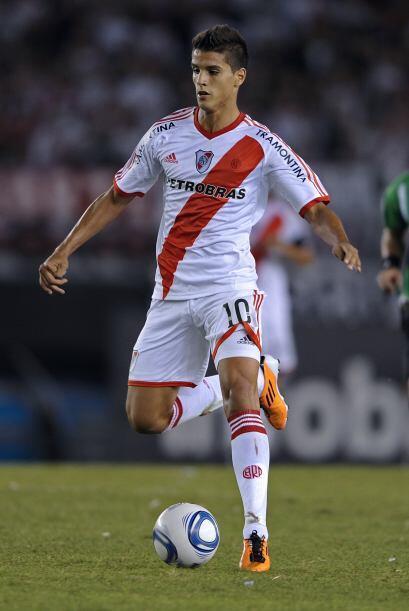 Erik Lamela es la última gran aparición en River Plate. Tiene 19 años y...