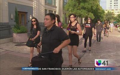 San Antonio se suma para apoyar a manifestantes de Ferguson