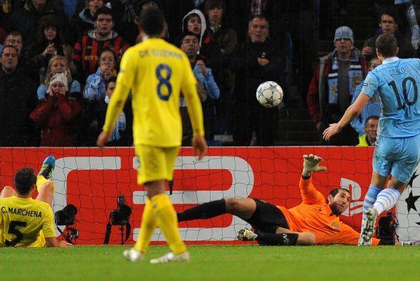 Manchester City buscaba el gol y lo consiguió en una jugada confu...