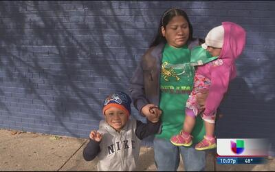 Madre triunfa en detener orden de deportación