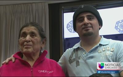 Programa Abuelitas reúne a familias en Navidad