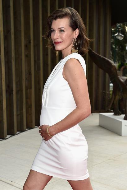 Milla Jovovich anunció el 18 de agosto que sería mamá por segunda vez.