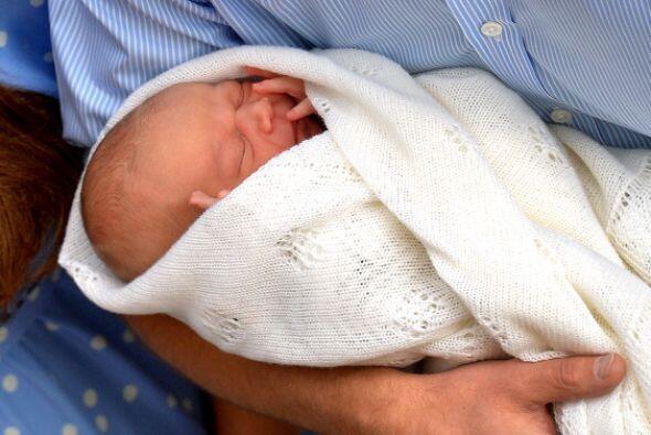 Nacido el 22 de julio de 2013 a las 16h24, con solo 27 horas de existenc...