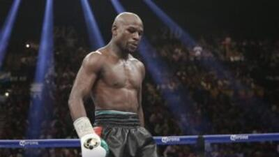 Floyd Mayweather Jr. busca rival para septiembre.