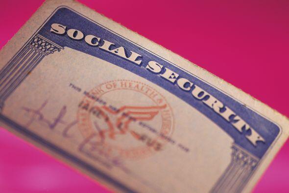 1- Tarjeta de Seguro Social: Es muy importante que proveas correctamente...