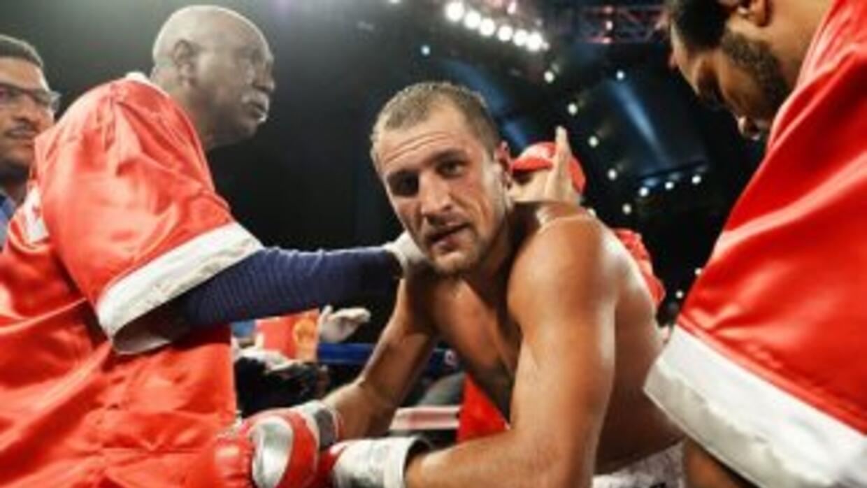 Sergey Kovalev peleador del mes para el AMB.