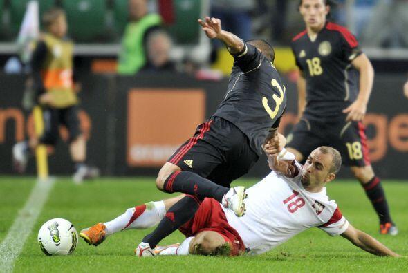 Se logró un nuevo empate a 1 con Polonia, donde el 'Chicharito' v...