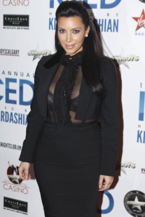 La futura madre, Kim Kardashian, nos deja al descubierto su ya abultado...