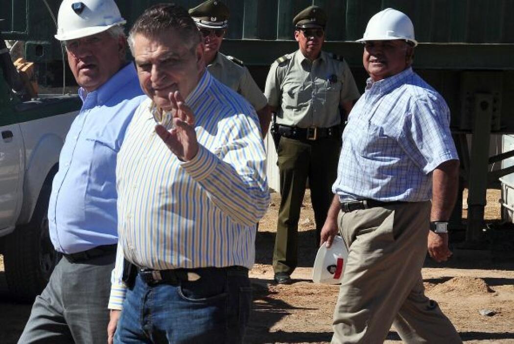 """""""Venimos a apoyar a Carlos Mamani y su familia, y a los demás mineros"""",..."""