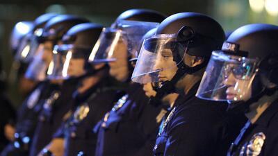 A prisión ex policia de Los Ángeles que propinó golpiza a hispano