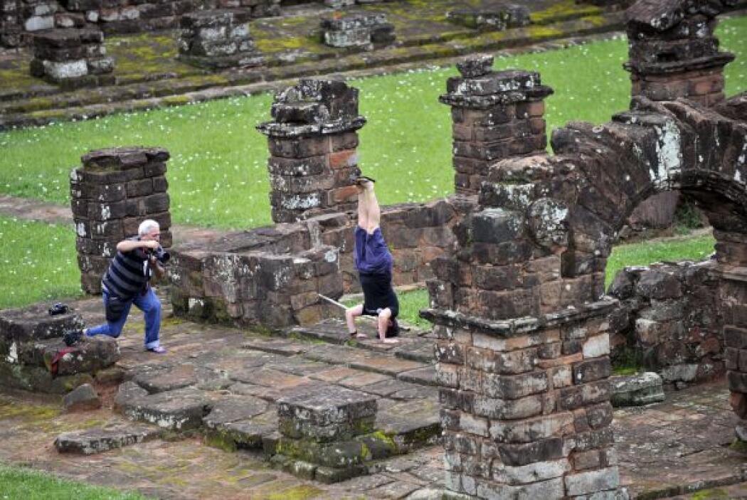 En Paraguay los vestigios de la orden de misioneros jesuitas que llegó a...