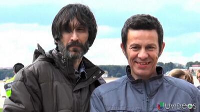 Periodistas españoles regresan a casa después de 6 meses secuestrados en...