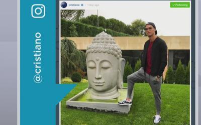 Foto de Cristiano con un pie sobre la estatua de Buda causa revuelo entr...