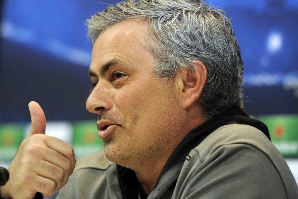 """4. Los """"papelitos"""" de Mourinho:  A lo largo de sus tres temporadas en el..."""